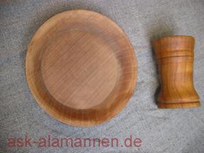 Holzbecher und -Teller (Kirsche)