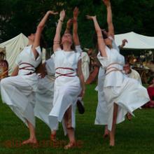 Tänzerinnen, St. Romain de Gal 2008